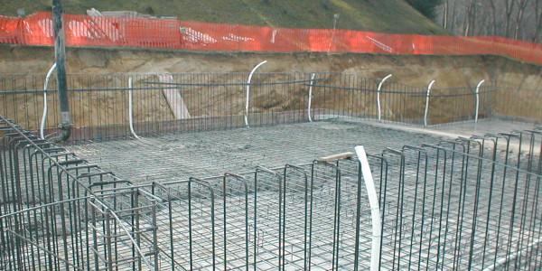 Piscina interrata in cemento armato - costruzione