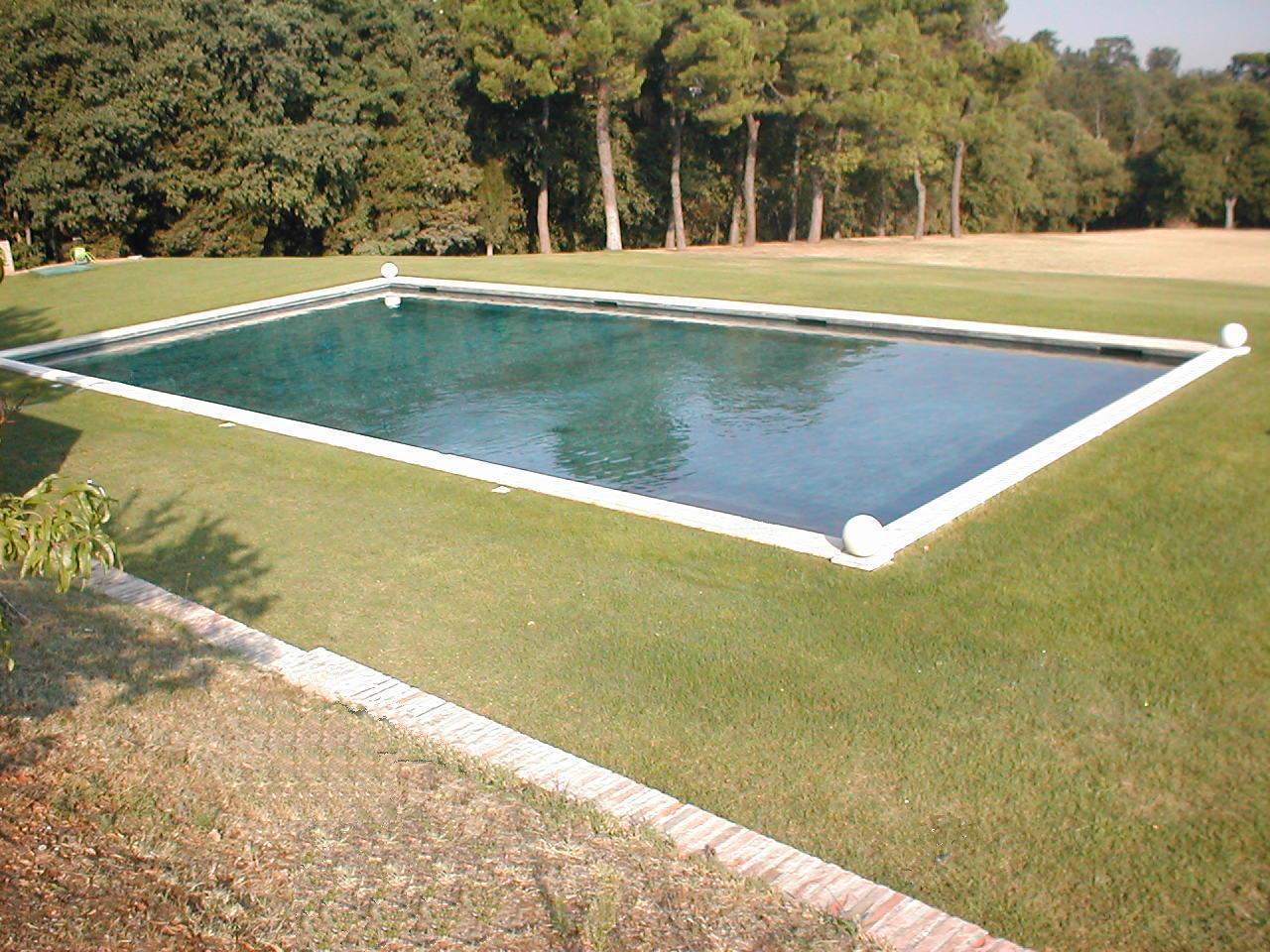 Piscine in cemento armato cvp italia - Costruzione piscina interrata ...