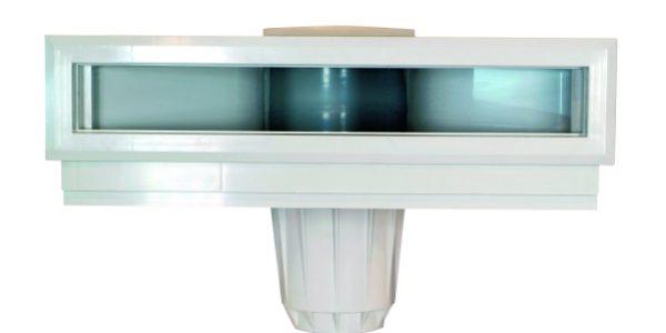Skimmer sfioratore in PVC per piscine interrate.