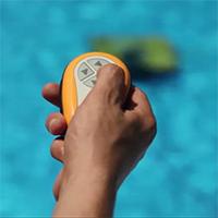 Telecomando Robot pulitore per piscine pubbliche Dolphin Wave 200 XL